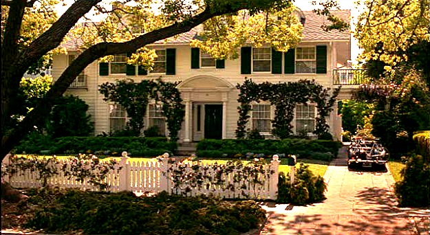 Father-of-the-Bride-movie-house-picket-fence