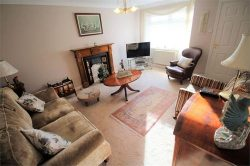 living room of a 3 bedroom house in west allerton